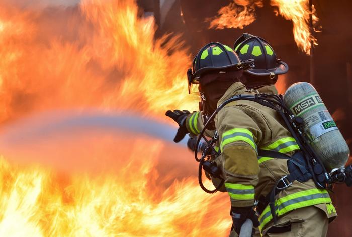 防火逃生设备设计,世界首台低楼层防火逃生系统